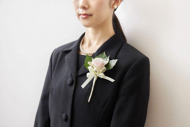 急な葬儀・お葬式のときに、気をつける【服装マナー】