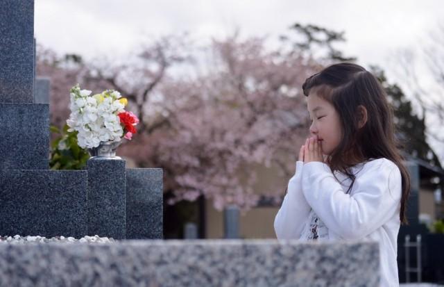 お盆のお墓参り「お花の選び方」